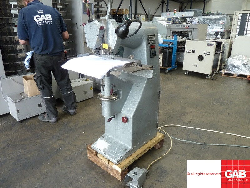 hohner favorit heavy duty wire stitcher