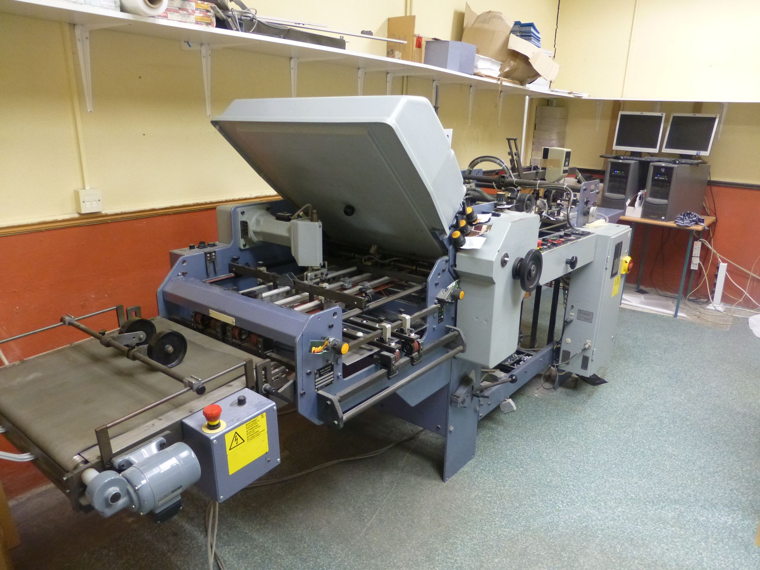 STAHL TI 52 4-X FOLDING MACHINE
