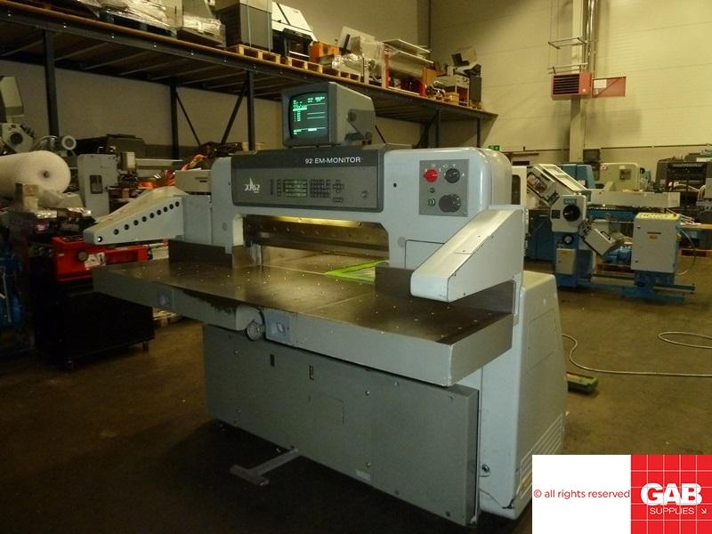 used Polar 92 EM-Monitor guillotine