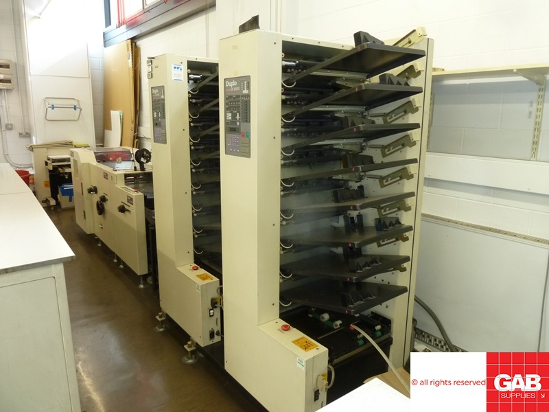 Duplo DC-8000S with on-line booklet maker