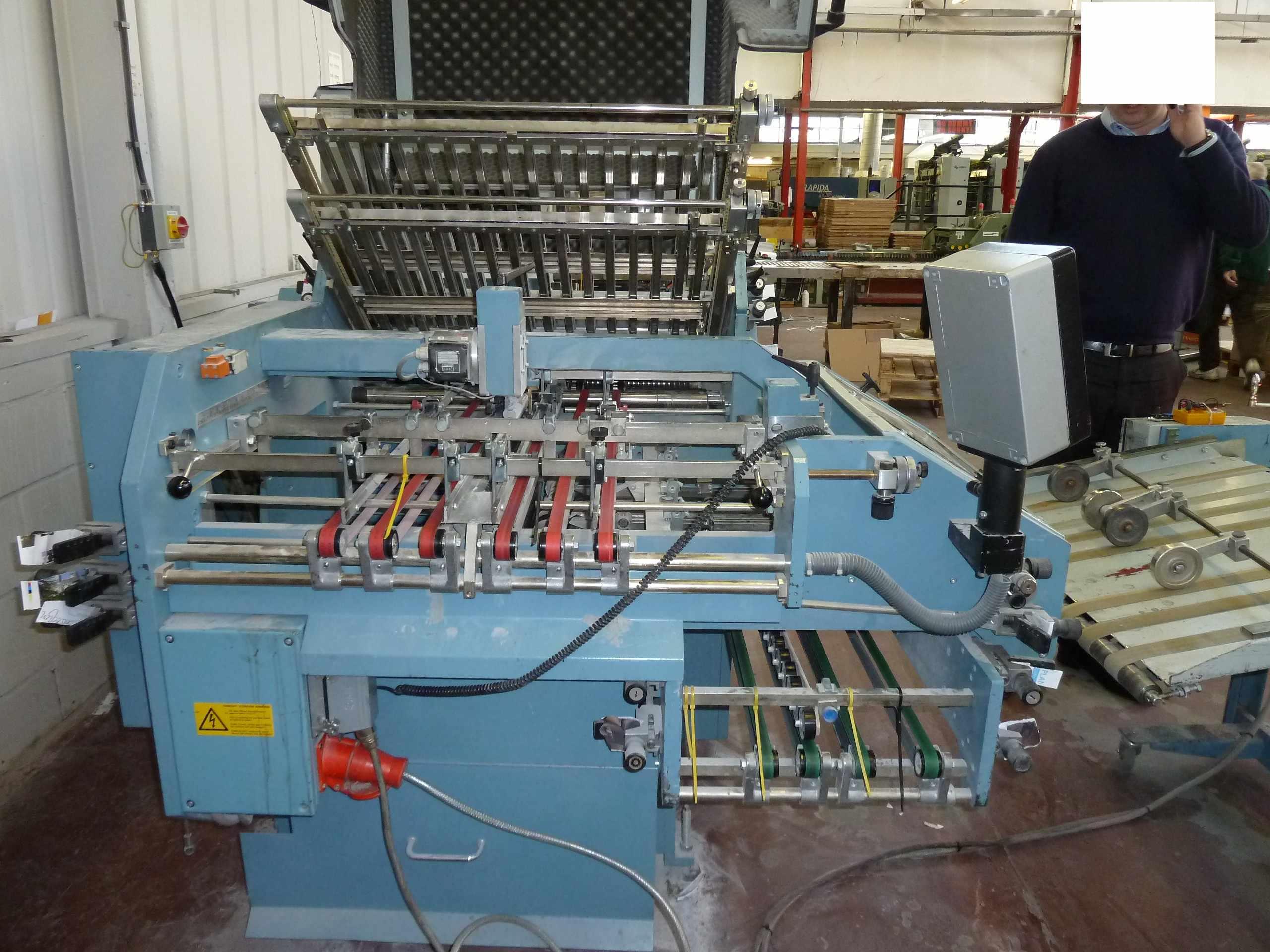 MBO FOLDING MACHINE