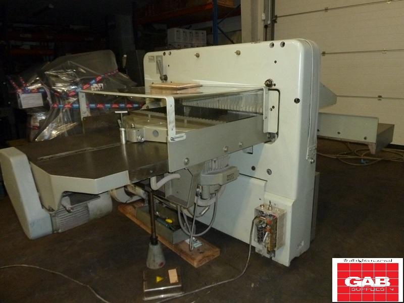 Polar 92 EMC paper cutter