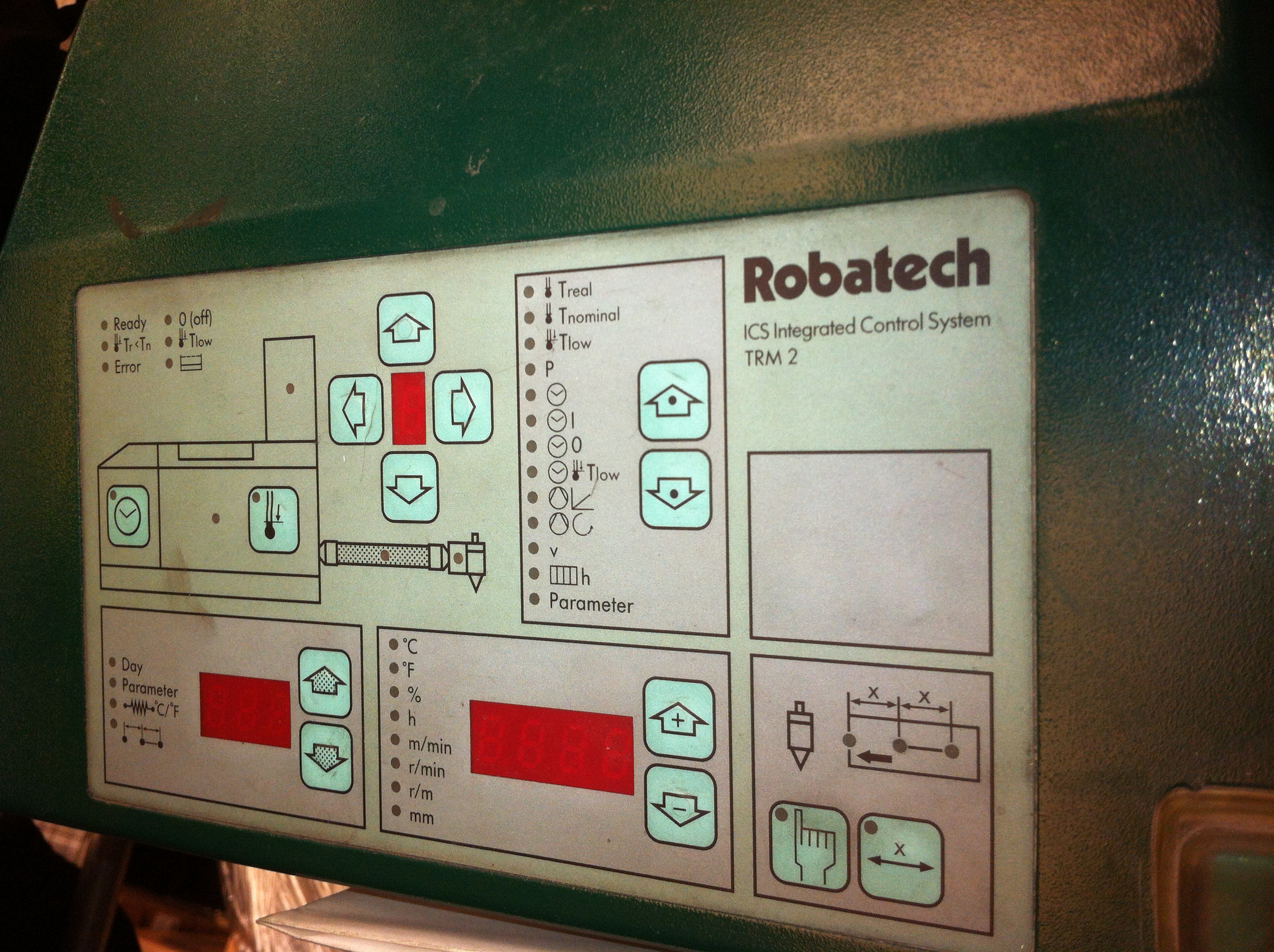 ROBATECH CONCEPT-4 (GLUING SYSTEM)