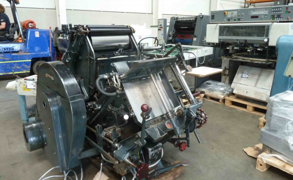 THOMPSON CROWN PLATEN 10 x 15