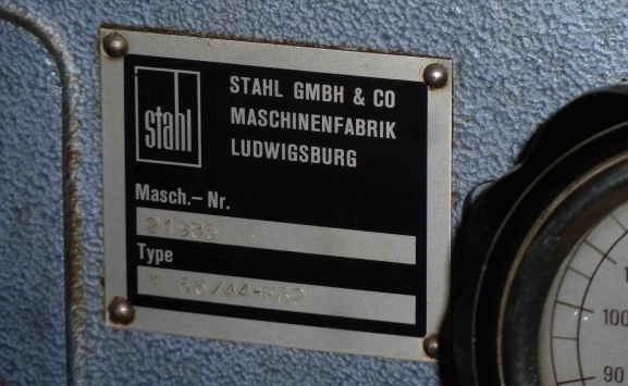 STAHL T 66 4/4 PAPER FOLDER