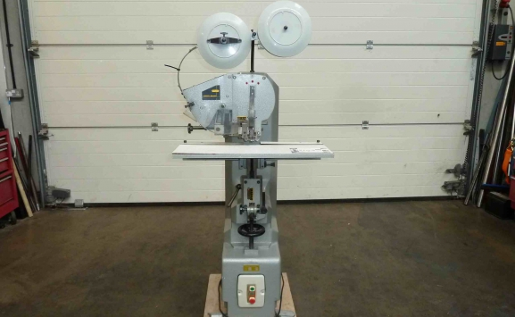 WORSLEY BREHMER SINGLE HEAD WIRE STITCHER