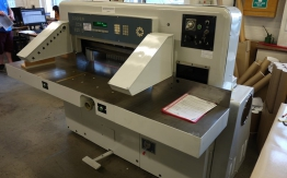 CCM 920 PAPER GUILLOTINE