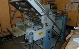 MBO T 45-4 PAPER FOLDING MACHINE